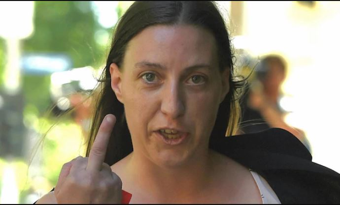The contemptible Amanda Warren, demonstrating her sorrow at having bashed ambulance officer Paul Judd